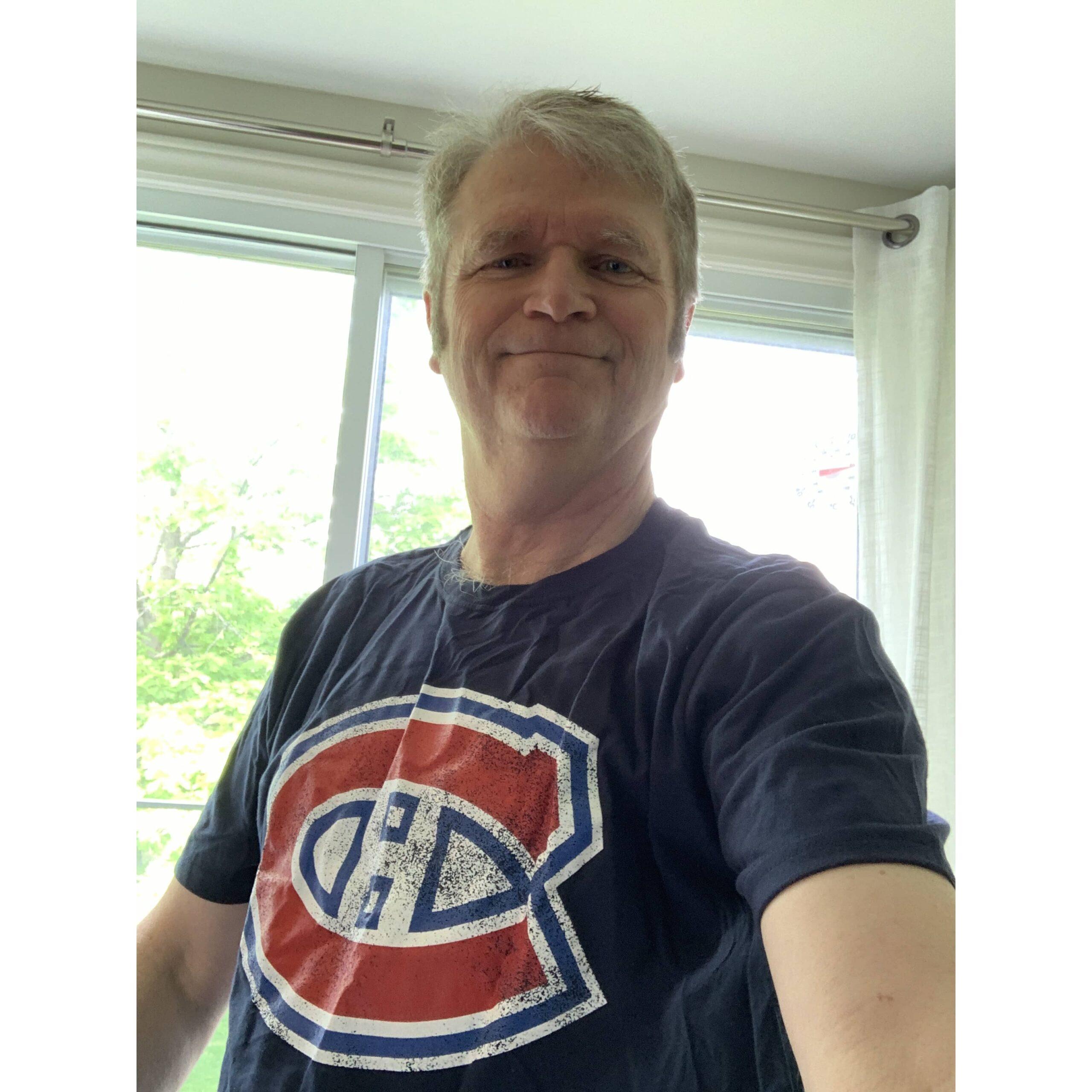 Paul in Habs t-shirt